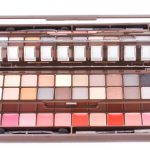 NYX 20 Deliciously Gorgeous Eye Shadows